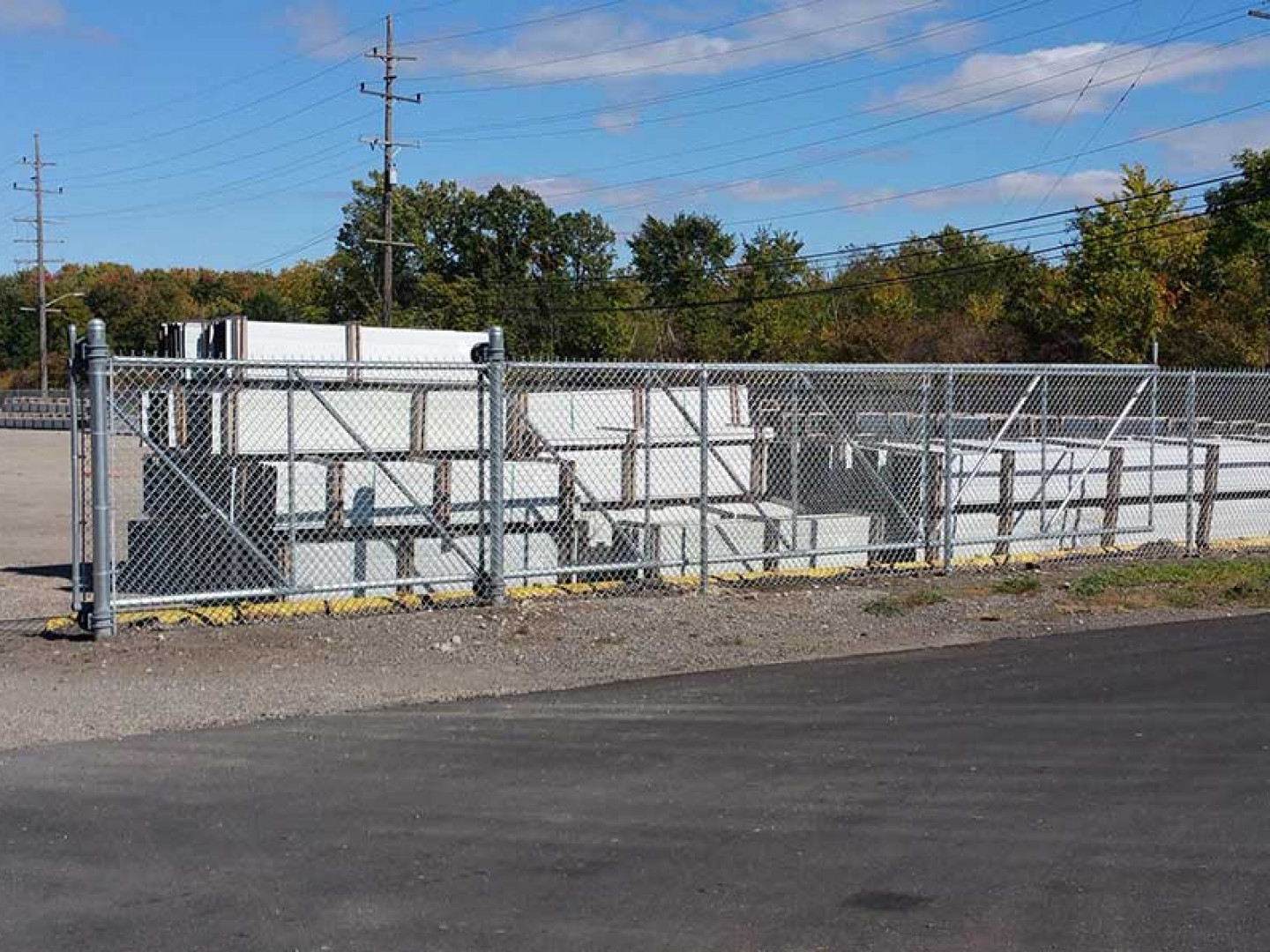 Line Your Commercial Property With Commercial Fencing in Belleville, Ypsilanti, Romulus, Ann Arbor and surrounding areas in MI